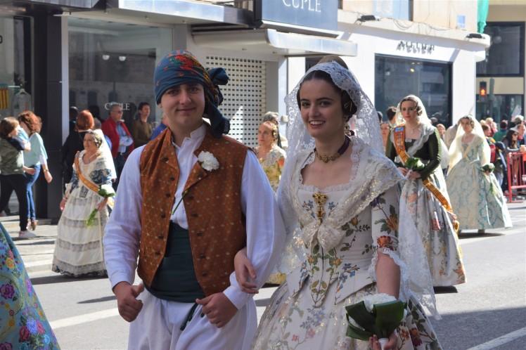 DSC_0476 guy and girl