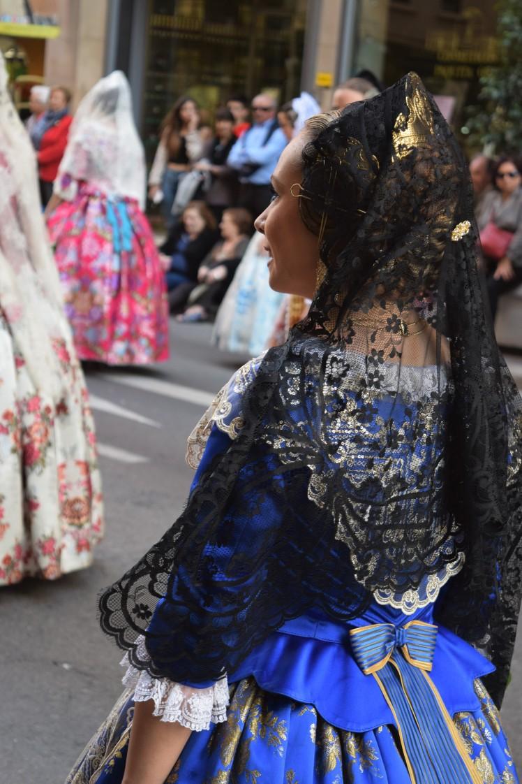 DSC_0899 blue dress lady